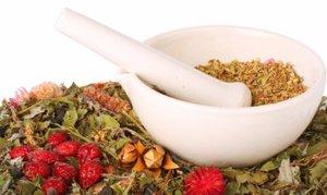 Лекарственные травы и сборы из них прекрасно подходят для профилактики и лечения заболеваний печени.