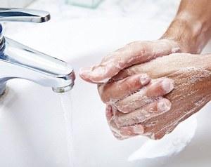 Описание возможных причин заболевания кожи рук